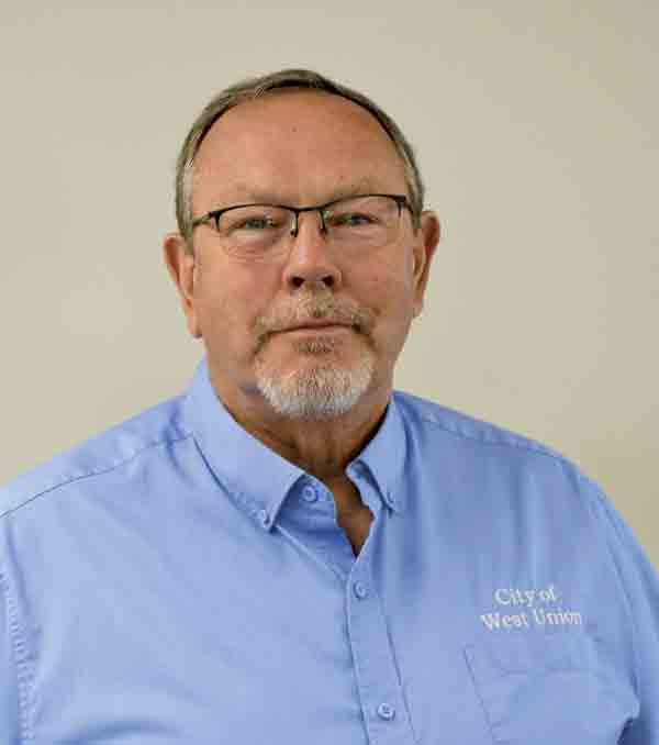 Nick McIntyre 	McIntyre to resign as City Administrator By Megan Molseed	mmolseed@thefayettecountyunion.com  The West Union city council met for its regular meeting on Monday, August 3.  During the meeting, West Union City Administrator, Nick McIntyre...